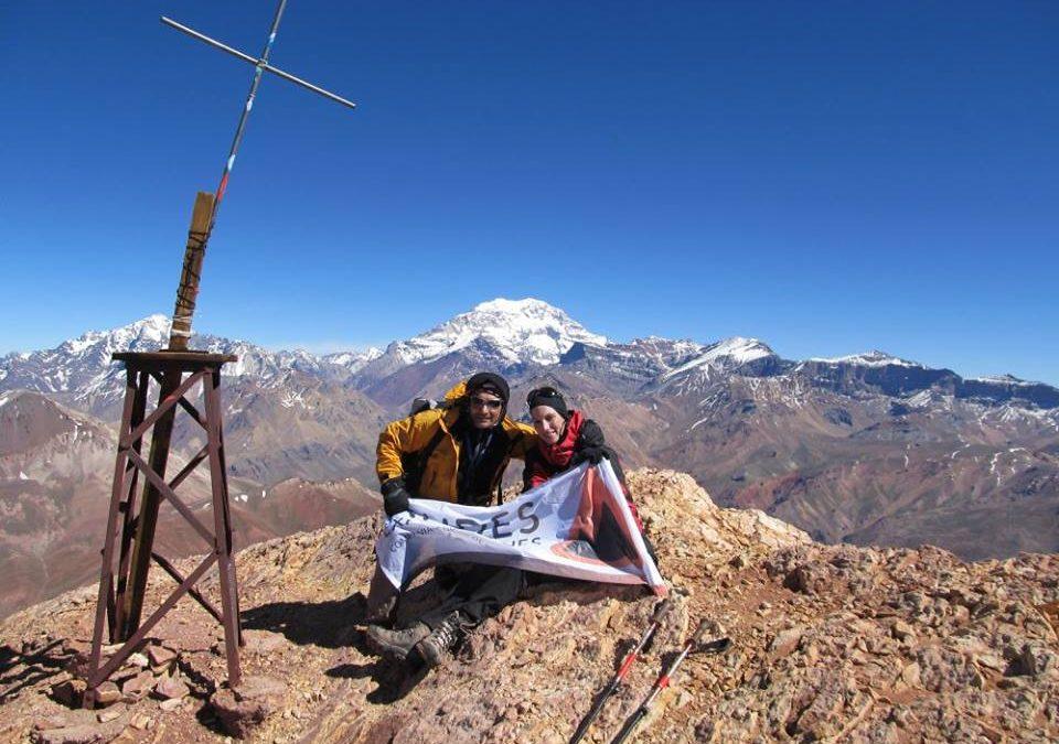 Ascenso al cerro Penitentes 4351 msnm (4 días). Mendoza.