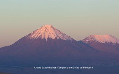 Chile / Bolivia. Expedición al volcán Licancabur. Frontera