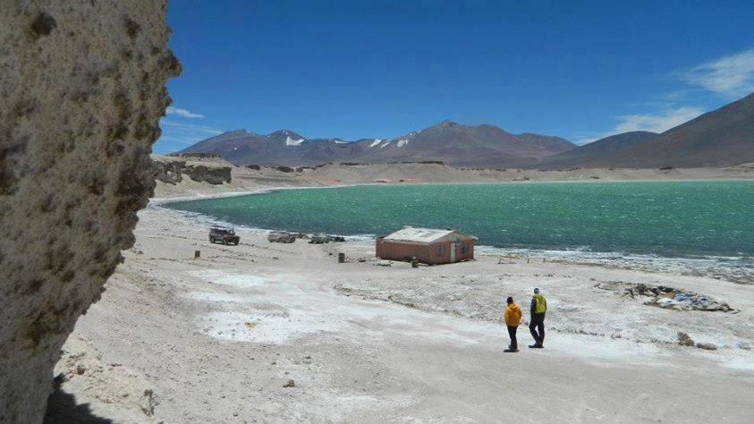 Ojos del Salado 6893 msnm. Ruta Chilena. Inicio Copiapo. Chile.