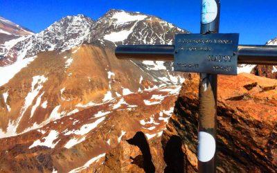 Travesía ascenso cerro San Bernardo, al cerro Mausy