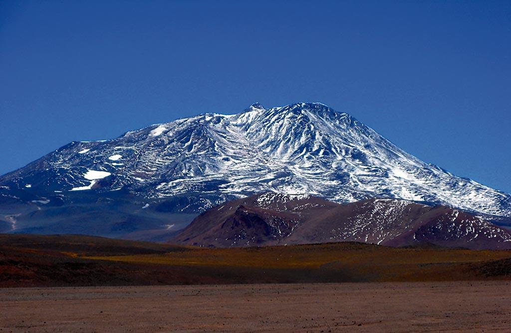 Volcan Bonete Chico 6759. La 4ª cima de America