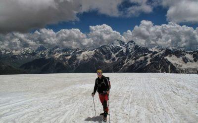 Expedición Cordillera del cáucaso. Monte Elbrus 5642. Rusia. Europa