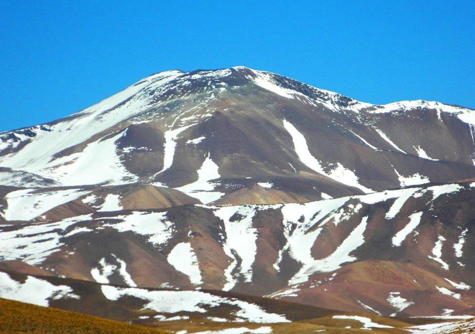 Puna3 Gigantes Vn Quewar 6142, Nevado de Acay 5750, S. Jeronimo 4962