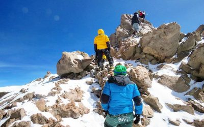 Volcan Tres Cruces Sur 6749. La 5ª cima de America. Arg – Chile
